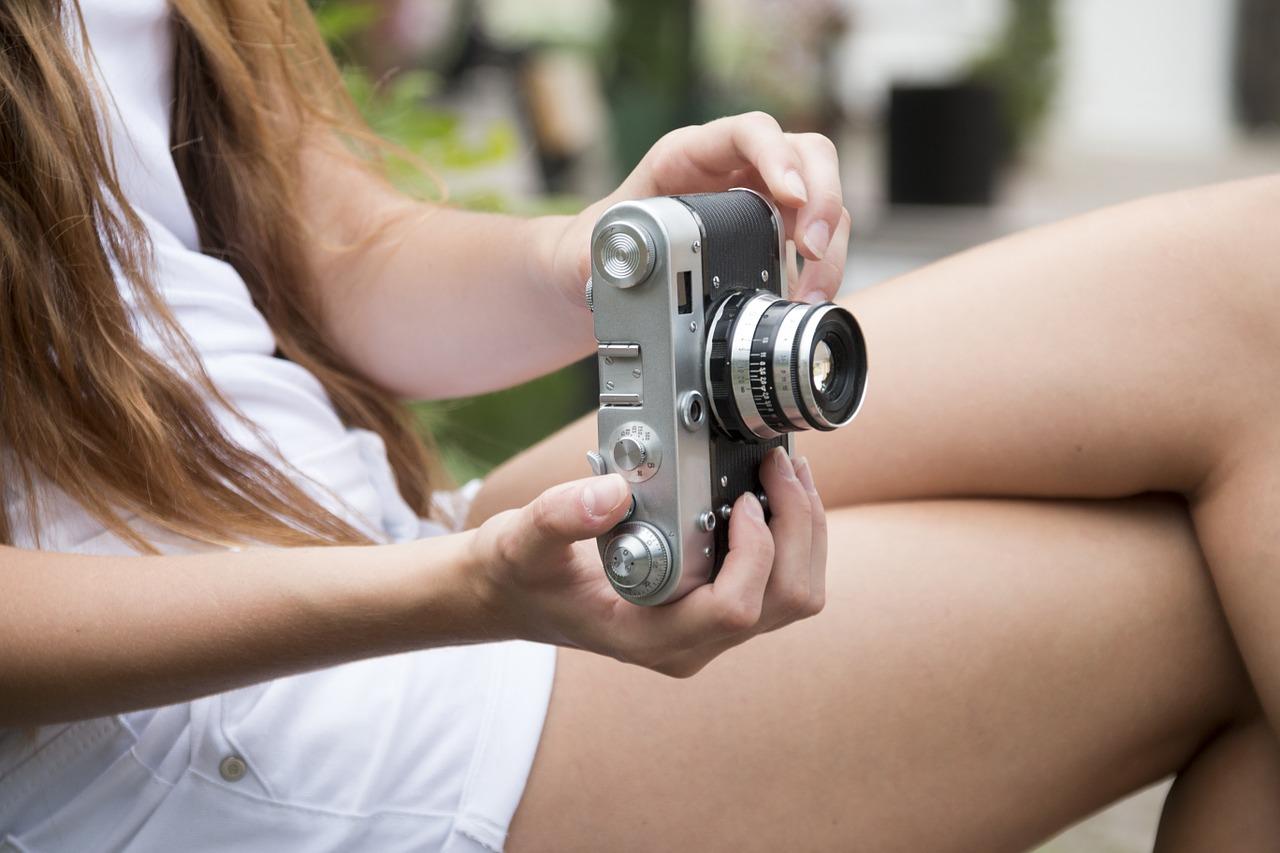 girl-548946_1280